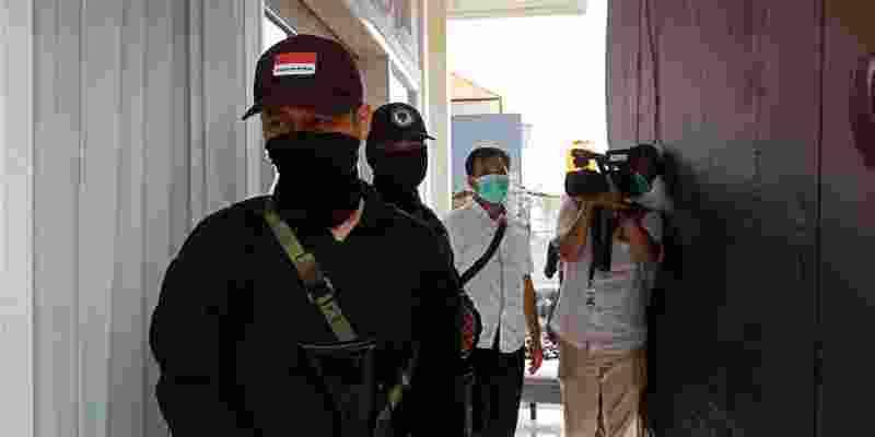 Polisi Gerebek Rumah Tempat Produksi Tembakau Gorilla