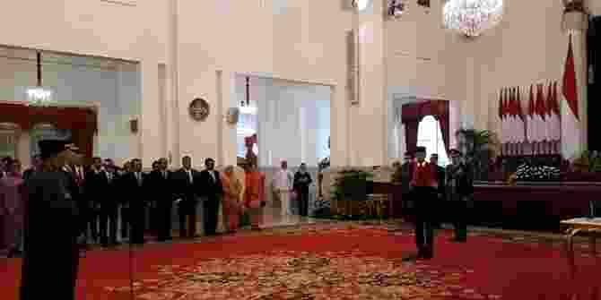 Jokowi Lantik KSAD Pengganti Jenderal Mulyono