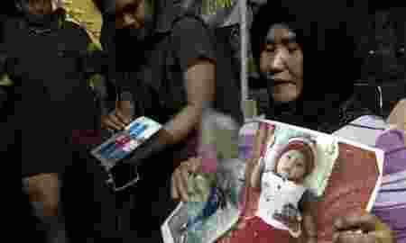 Korban Lion Air Indariyani Lega Jenazah Anak Dan Cucunya Ditemukan