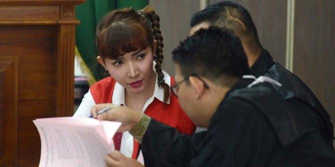 Banding Ditolak Roro Fitria Tetap Dihukum 4 Tahun Penjara