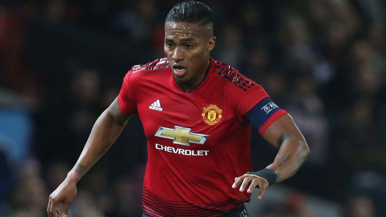 Antonio Valencia Resmi Hengkang dari Manchester United
