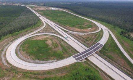 Jokowi Menyebutkan Tol Trans Sumatera Bakal Selesai Juni 2019