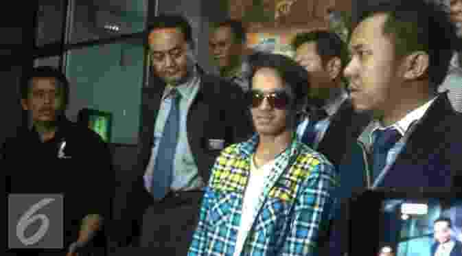 Reza Pahlevi Ngaku Indra Bekti Pernah Minta Brondong