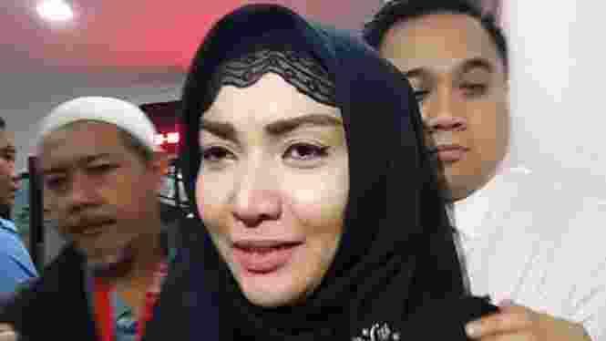 Roro Fitria Divonis Hukuman 4 Tahun Penjara Dan Denda Rp800 Juta