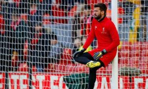 Alisson Becker Melampaui Koleksi Clean Sheet David de Gea