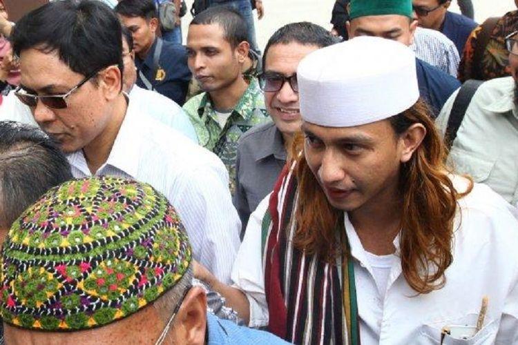 Habib Bahar Hanya Tersenyum Usai Mengetahui Jokowi Menang di Pilpres