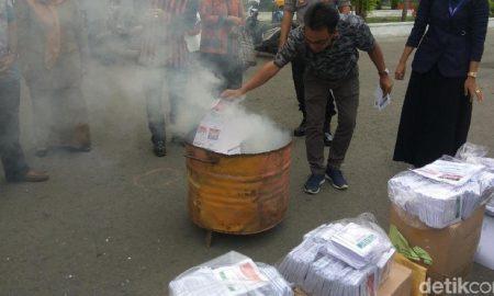Sebanyak 1275 Surat Suara Dibakar Lantaran Rusak di Banda Aceh